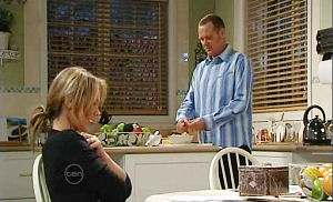 Steph Scully, Max Hoyland in Neighbours Episode 4830