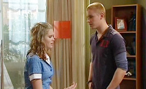 Janae Timmins, Boyd Hoyland in Neighbours Episode 4841