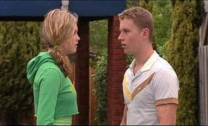 Janae Timmins, Boyd Hoyland in Neighbours Episode 4915