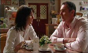 Jenny McKenna, Karl Kennedy in Neighbours Episode 4922