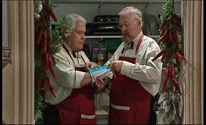 Lou Carpenter, Harold Bishop in Neighbours Episode 4923