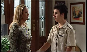 Janelle Timmins, Stingray Timmins in Neighbours Episode 4933