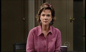 Lyn Scully in Neighbours Episode 4976