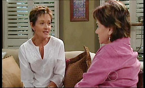 Lyn Scully, Susan Kennedy in Neighbours Episode 4976
