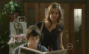 Zeke Kinski, Rachel Kinski in Neighbours Episode 5370