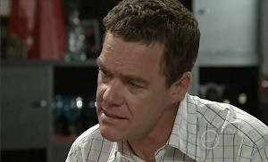 Paul Robinson in Neighbours Episode 5371