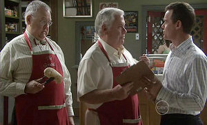 Harold Bishop, Lou Carpenter, Paul Robinson in Neighbours Episode 5371