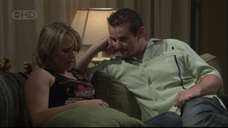Steph Scully, Toadie Rebecchi in Neighbours Episode 5376
