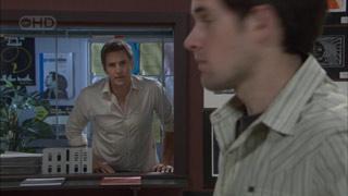 Angus Henderson, Dan Fitzgerald in Neighbours Episode 5377