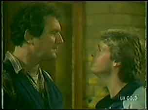 Max Ramsay, Shane Ramsay in Neighbours Episode 0034