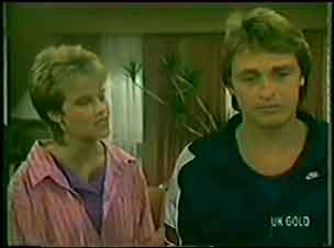 Daphne Lawrence, Shane Ramsay in Neighbours Episode 0034