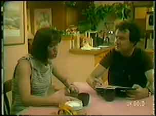 Max Ramsay, Maria Ramsay in Neighbours Episode 0034