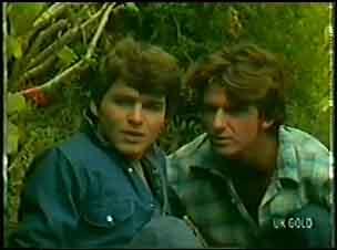 Scott Robinson, Danny Ramsay in Neighbours Episode 0034