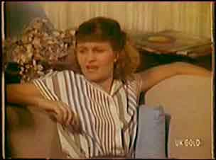 Julie Robinson in Neighbours Episode 0036