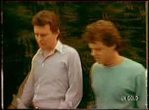 Des Clarke, Paul Robinson in Neighbours Episode 0036