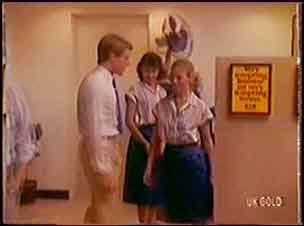Greg Arnold, Julie Robinson, Marilyn Temple in Neighbours Episode 0036
