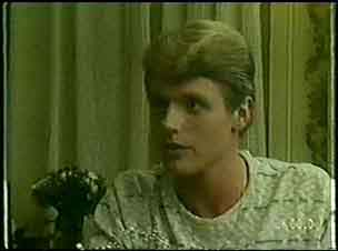 Greg Arnold in Neighbours Episode 0037