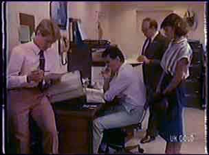 Greg Arnold, Des Clarke, Mr Arnold, Julie Robinson in Neighbours Episode 0038