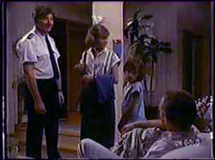 Nick Burman, Julie Robinson, Lucy Robinson, Jim Robinson in Neighbours Episode 0038