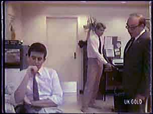 Des Clarke, Greg Arnold, Mr Arnold in Neighbours Episode 0038