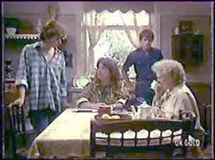 Danny Ramsay, Pam Hammond, Scott Robinson, Mrs Forbes in Neighbours Episode 0040