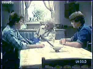 Danny Ramsay, Mrs Forbes, Scott Robinson in Neighbours Episode 0040