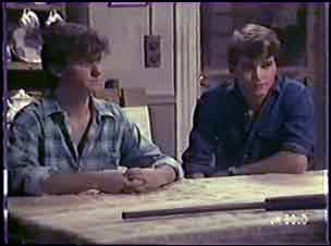 Danny Ramsay, Scott Robinson in Neighbours Episode 0040