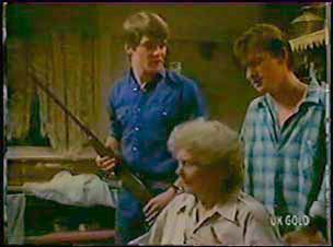 Scott Robinson, Mrs Forbes, Danny Ramsay in Neighbours Episode 0041
