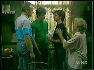 Jim Robinson, Scott Robinson, Danny Ramsay, Mrs Forbes in Neighbours Episode 0041