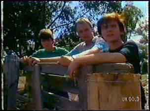 Scott Robinson, Jim Robinson, Danny Ramsay in Neighbours Episode 0041