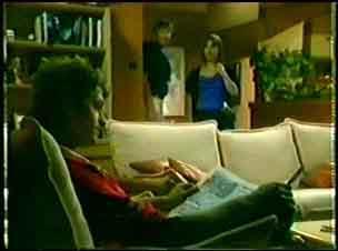 Shane Ramsay, Nick Burman, Maria Ramsay in Neighbours Episode 0042
