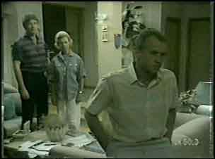 Nick Burman, Helen Daniels, Jim Robinson in Neighbours Episode 0043