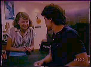 Julie Robinson, Paul Robinson in Neighbours Episode 0044