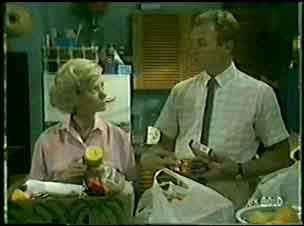 Helen Daniels, Jim Robinson in Neighbours Episode 0045