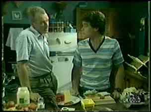 Paul Robinson, Jim Robinson in Neighbours Episode 0045