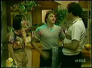 Maria Ramsay, Shane Ramsay, Max Ramsay in Neighbours Episode 0046