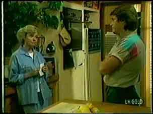 Helen Daniels, Shane Ramsay in Neighbours Episode 0047