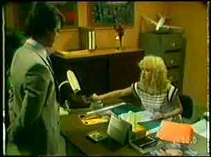Paul Robinson in Neighbours Episode 0048