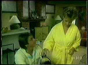 Shane Ramsay, Daphne Clarke in Neighbours Episode 0048