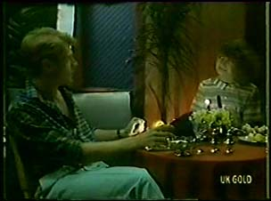 Greg Arnold, Julie Robinson in Neighbours Episode 0049
