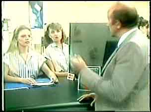 Marilyn Temple, Julie Robinson, Kevin Morgan in Neighbours Episode 0051