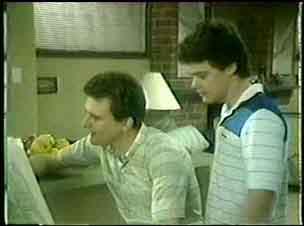 Des Clarke, Paul Robinson in Neighbours Episode 0051