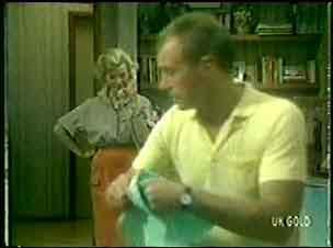 Helen Daniels, Jim Robinson in Neighbours Episode 0053