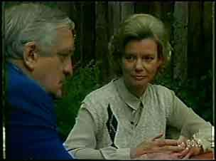 Victor Armstrong, Helen Daniels in Neighbours Episode 0054