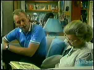 Jim Robinson, Helen Daniels in Neighbours Episode 0054