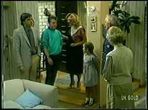 Philip Newman, Bobby Newman, Margaret Newman, Mandy Newman, Victor Armstrong, Helen Daniels in Neighbours Episode 0054