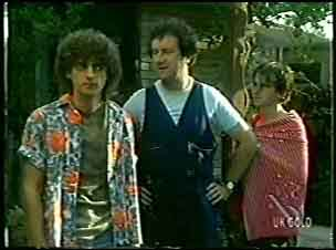 Jason Burke, Max Ramsay, Danny Ramsay in Neighbours Episode 0055