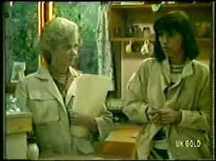 Helen Daniels, Maria Ramsay in Neighbours Episode 0056