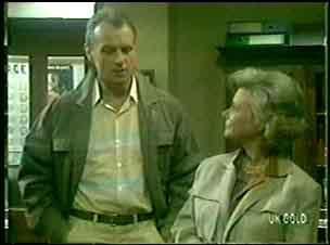 Jim Robinson, Helen Daniels in Neighbours Episode 0056