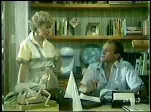 Helen Daniels, Jim Robinson in Neighbours Episode 0058